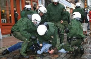 KölnerPolizei warnt vor Kostümen